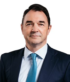 Jonathan Giles head shot - Rathbone Investment Management